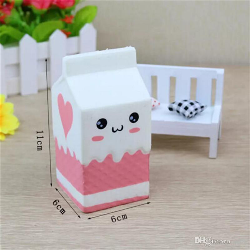 Sevimli Jumbo Squishy Süt Kutusu Karikatür Yavaş Yükselen Oyuncaklar Telefon Askıları Kolye Tatlı Krem Kokulu Ekmek Çocuklar Eğlenceli Oyuncak hediye