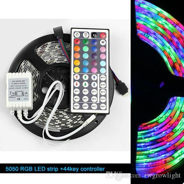 Boże Narodzenie New Arrival LED Light Strip Wodoodporna 5m 5050 RGB 300EDS Zmiana kolorów z 44 klawiszami pilota z zasilaniem 12V 5A