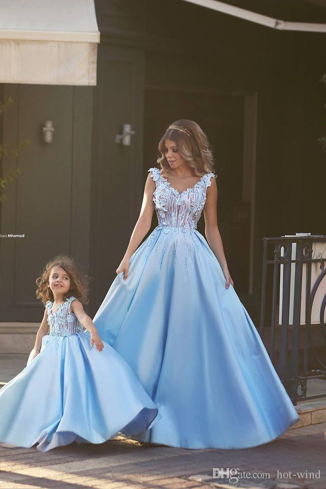 Sevimli Glitz Açık Mavi A-line küçük kız anne ve kızı Elbiseler Kız Yarışması Elbiseler Communion Elbise BA1763 İçin Çiçek Kız Elbise