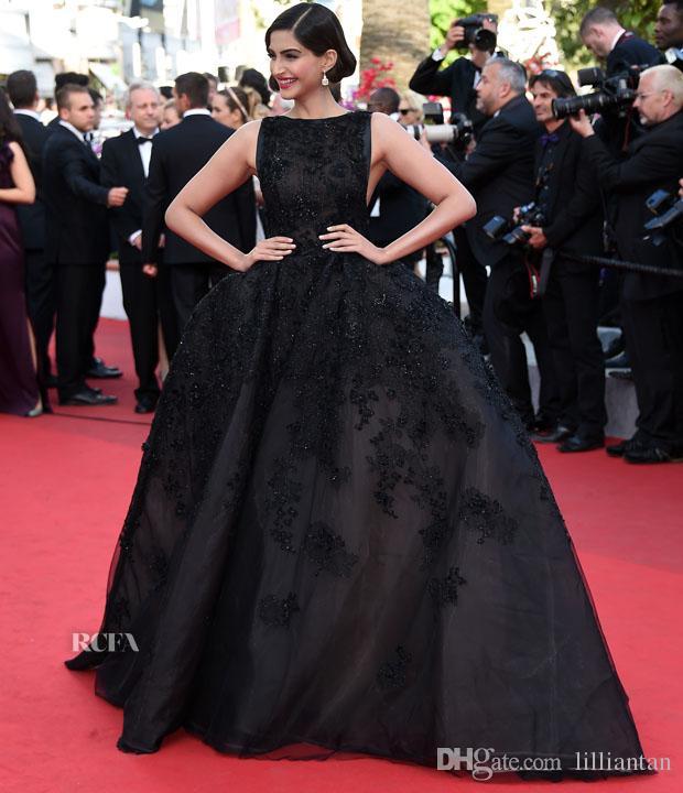 Sonam Kapoor Elie Saab Cannes Schwarz Celebrity Kleider Abendkleider Ballkleid Backless Applique robe de soiree kaftan Abend Party Kleider