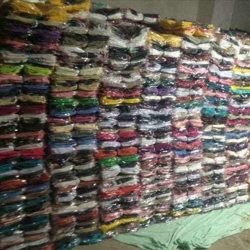 100 Stück Großhandel Sommer niedrigen Preis Kosten Frauen Kurzarm T-Shirt Lager Stall Straße Frauen Mädchen Kleidung Frau Damen Shirts crop Tops