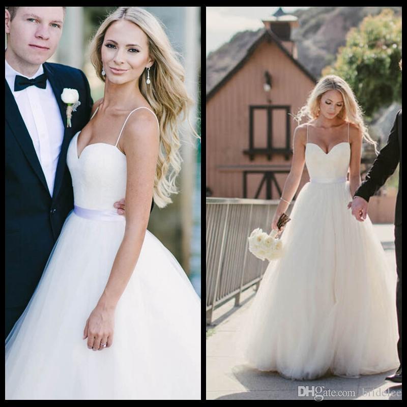 Alla moda 2020 avorio senza spalline collo a cuore abito da sposa lungo in tulle abiti da sposa estivi su misura con nastro di raso