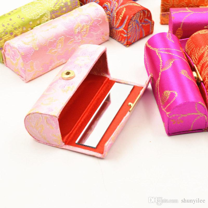 Embroidered Flower Design Lipstick Case Box with Mirror Hasp Cosmetic Bags Coin Lipstick Holder Random Color F20172395