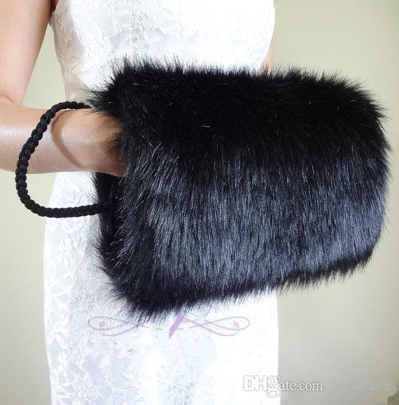 High Quality Faux Fur Bridal Gloves Winter Hand Muff Cheap Warm Bridal Handwarmers Winter Wedding Gloves Accessories