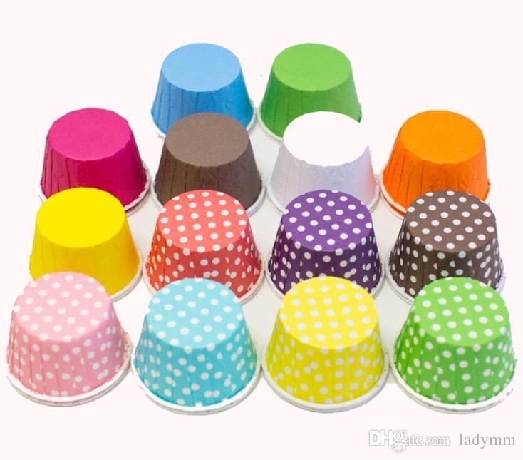 Большой размер 10,Baking Cups Симпатичные точки Твердый цветной торт для пирожных Рождественская свадьба Красивый дизайн Смазочные бумажные кексы для покупок