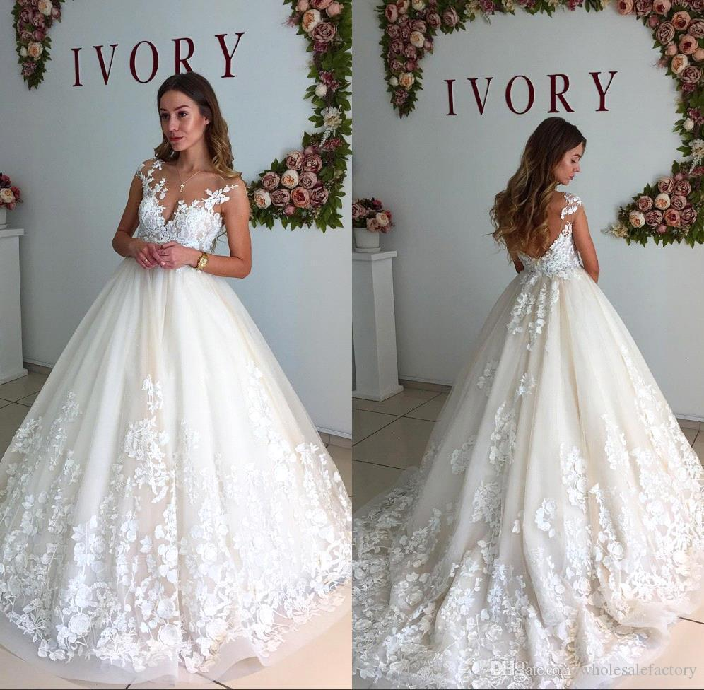 Discount bobo a line wedding dresses with 34 sleeves 2017 vintage discount bobo a line wedding dresses with 34 sleeves 2017 vintage v neck chapel train wedding gowns for country garden lace bridal gowns silver wedding junglespirit Images