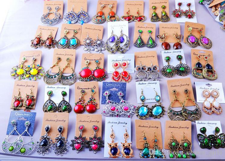 Mélange aléatoire 100 style es / Vintage Tibétain Argent / Bronze Résine Gem Boucles d'oreilles à la mode en gros Boucles d'oreilles Nouveaux bijoux de mode