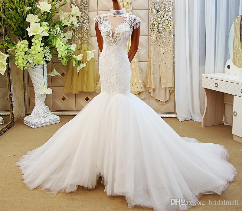 Luxe parels zeemeermin trouwjurken hoge hals met kralen kant romantische bruiloft bruidsjurken gerechtstrein terug kijken door trouwjurk