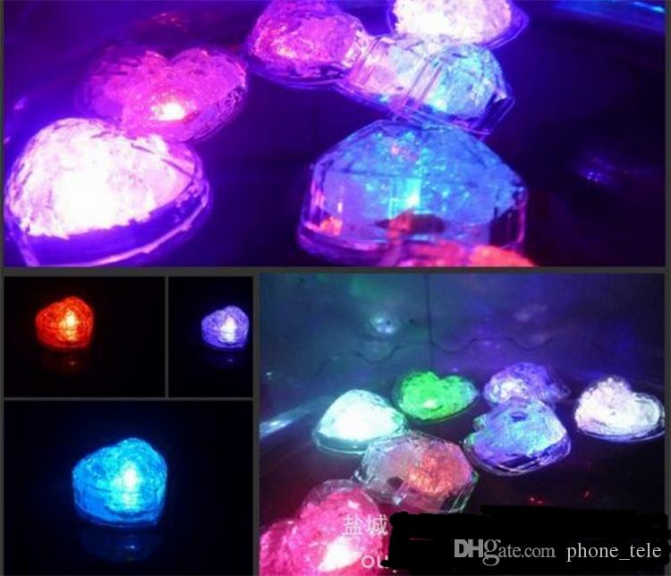 Christmas Decorations heart shape LED ICE Cube block Light Automatically Flashing Lamp for Christmas Party Gifts