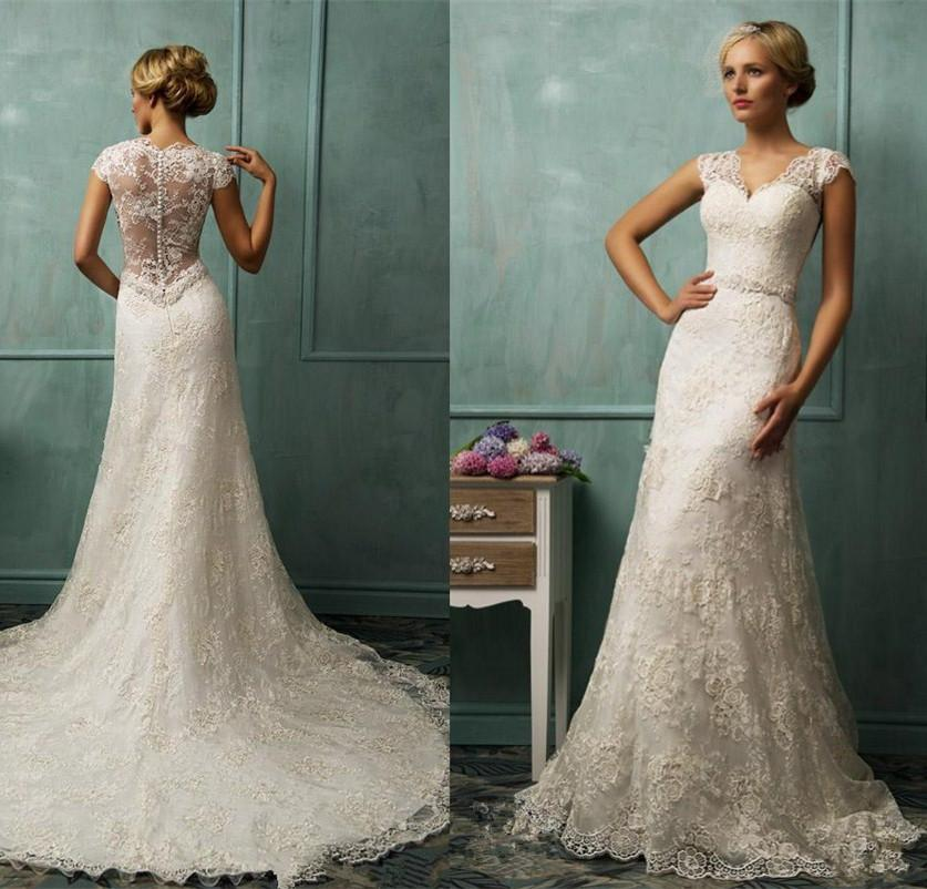 Ivory Vintage Style Lace Keyhole Back Wedding Dress with V Neck ...