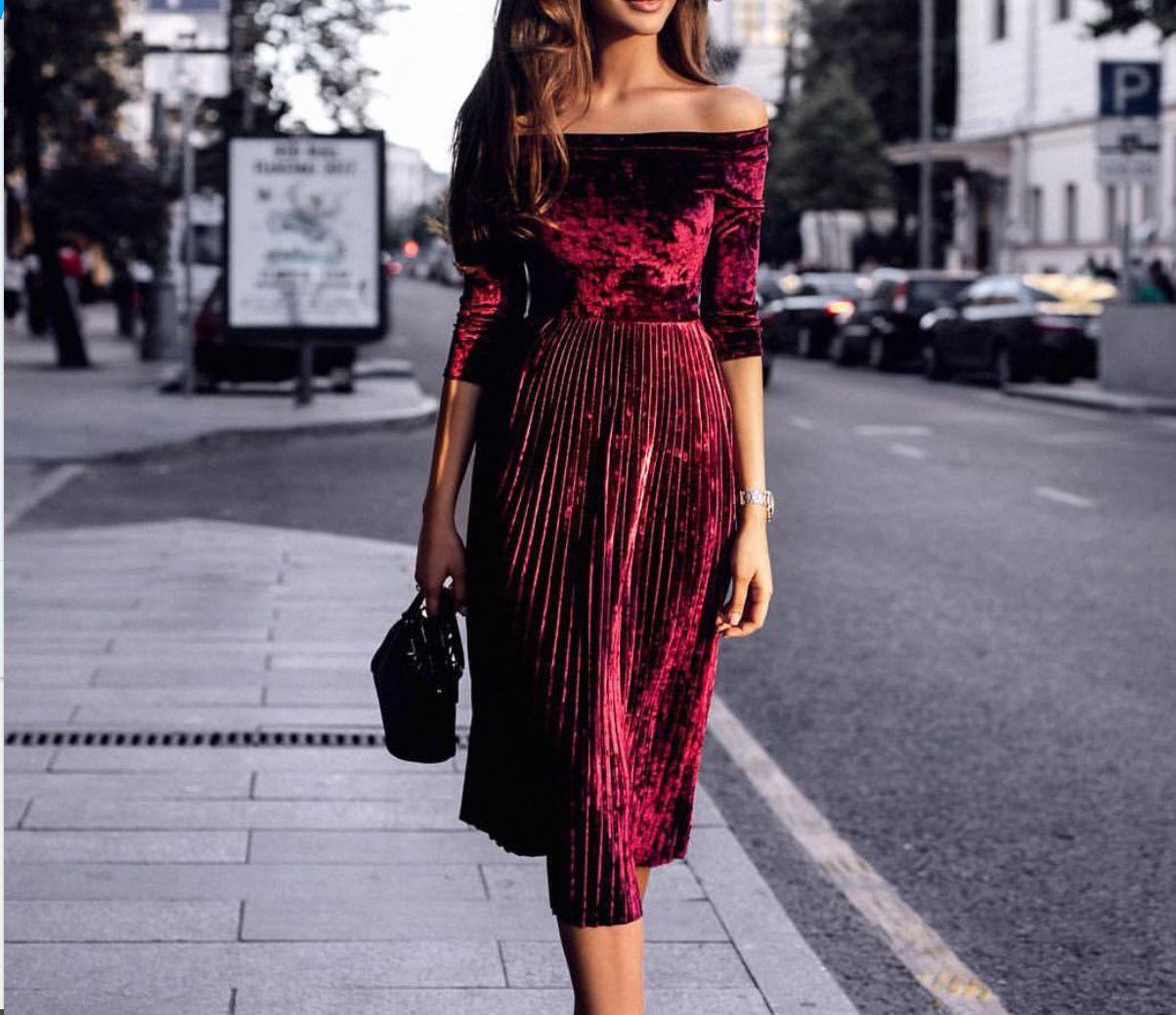 2018 Celebrity Street Style Vintage Velour Dresses 2018