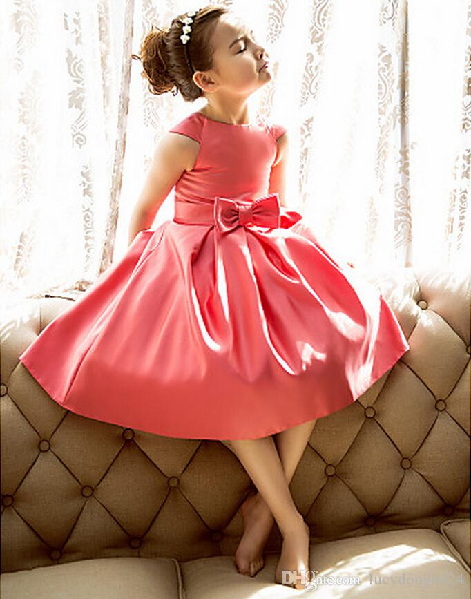Hot Sale Little Girls Wedding Party Dresses A line Princess Jewel neckline Knee length Satin Flower Girl Dress