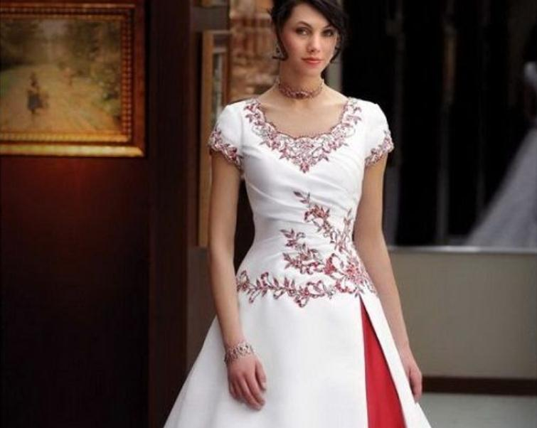 Discount Modest Red And White Wedding Dress Exquisite Short Sleeves Western  Indian Muslim Wedding Dresses With Embroidery Fitted Evening Dresses  Straight ...