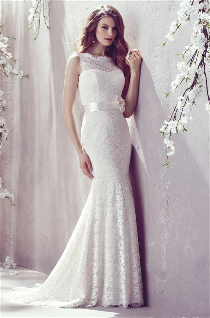 2019 Bateau Vintage Lace Mermaid Wedding Dresses Sexy Back Court Train with Flower Ribbon Spring Bridal Gowns Custom Made