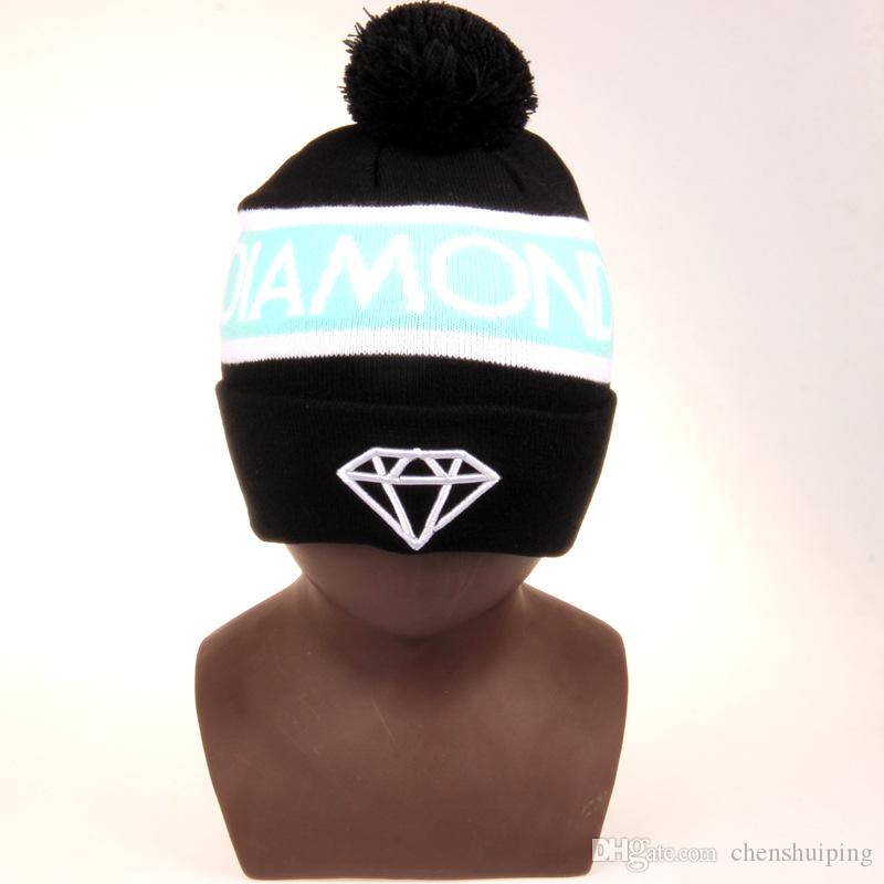 f80bd95bc9377 ... Diamond Supply Co. World Beanie With pom pom Beanies Hip Hop Snapback Hats  Custom Knitted