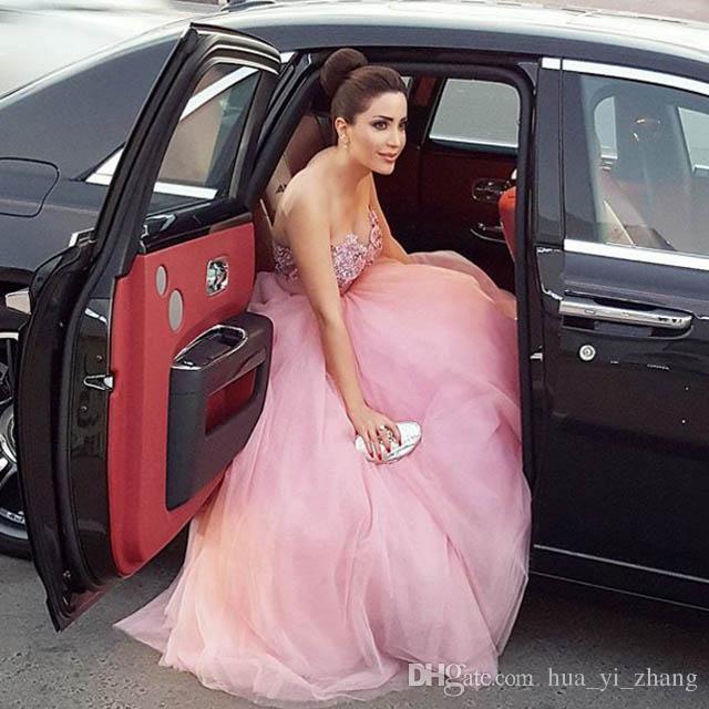 핑크 연예인 드레스 2016 낸시 아즈 람 프린세스 A 라인의 연인 페르시 자수 얇은 명주 그물 스위프 기차 이브닝 드레스 vestidos 드 올