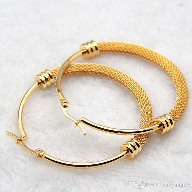 Mai sbiadire regalo stile fine le donne GoldSilver acciaio inossidabile chirurgico Twist wire Round Hoop Ciondola gli orecchini Brand New