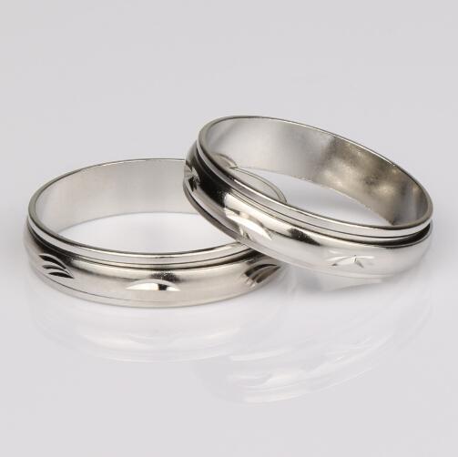 100 stks / partij Mix Maat 5 MM Breed Metalen Kleur Spin Spinning Arc Copper Transport Ring Rings Band Ringen