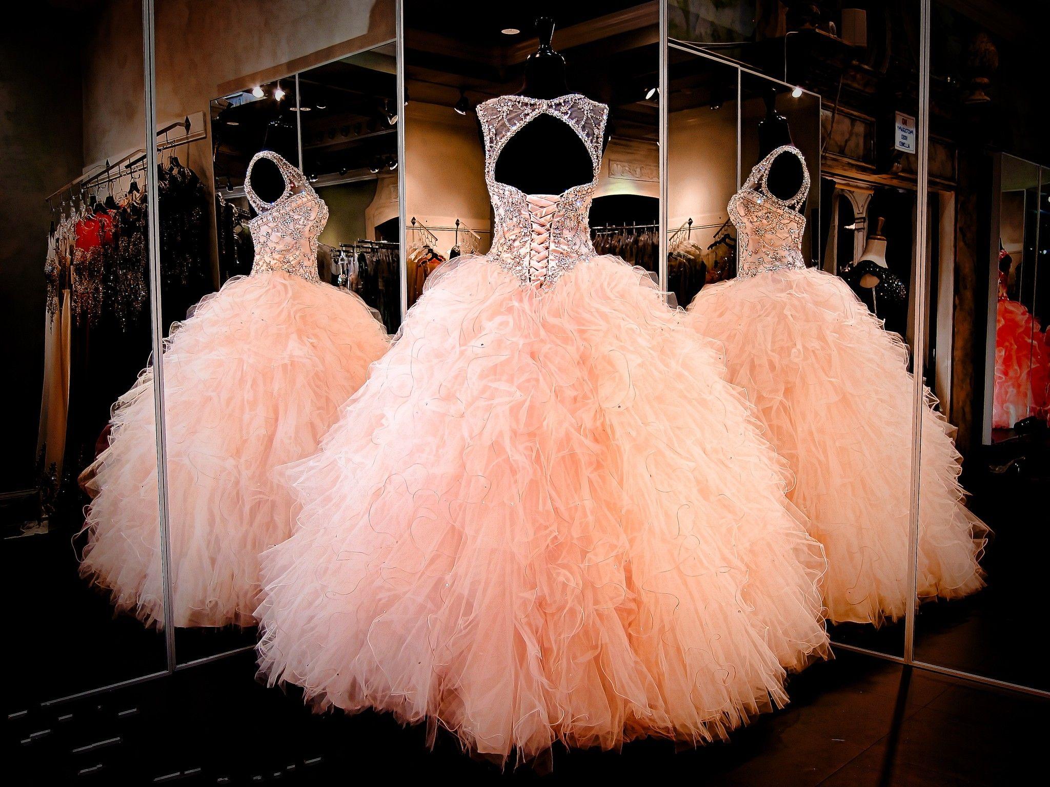2017 Rhinestone Kristaller Allık Pembe Quinceanera Elbiseler Sheer Jewel Tatlı 16 Pageant Elbise Ruffles Etek Prenses Balo Abiye