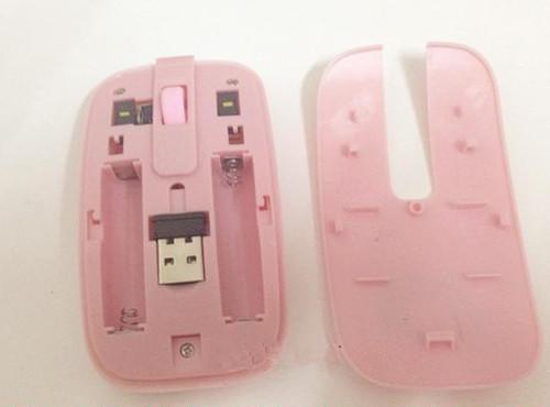 Girls and Children Fashion Cartoon Pink Hello Kitty Designer Wireless Keyboard Mouse with Pad for PC/TV