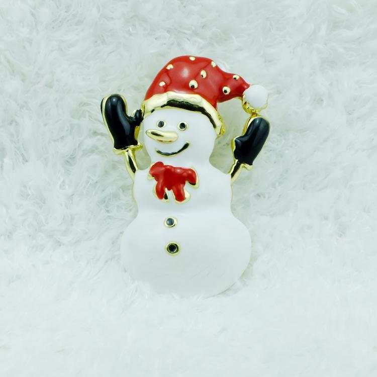 Broche en gros de haute quantité broches mode chapeau rouge émail bonhomme de neige plaqué or broches en alliage décoration de noël bijoux