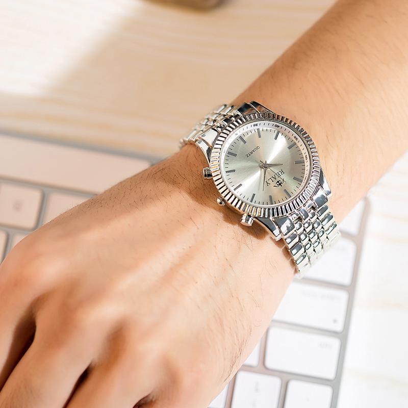 4ba2b62d7344 Compre Nuevo Diseño De Moda Coreana Banda Pulsera Reloj Moda Mujer Diamante  De Cuarzo Dama Reloj De Cuarzo Reloj Fuente De Comercio Exterior A  13.2  Del ...