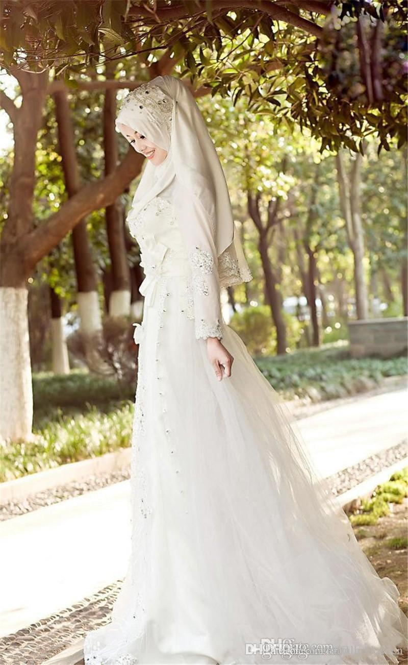 2019 Muslim Terbaru Wedding Dresses Hijab Veil Sparkly Beads Crystals Tulle Lace Bridal Gowns Long Sleeves Sweep Train Wedding Dresses