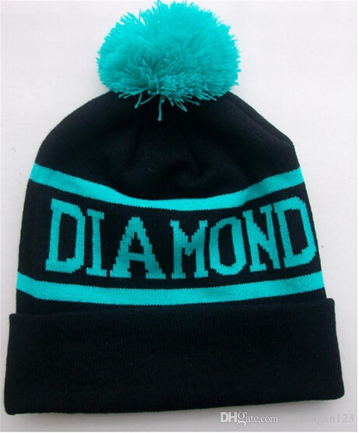 4 디자인 힙합 스냅 백 모자 다이아몬드 비니 pom Beanies 사용자 정의 니트 모자 Snapbacks 따뜻한 모자 모자 여성 모자 D348