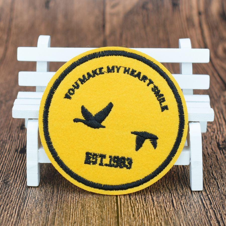 Yellow Badge Aufnäher für Kleidung Taschen Eisen-on Transfer Applikationen Patch für Jacke Jeans nähen auf Stickerei-Abzeichen DIY