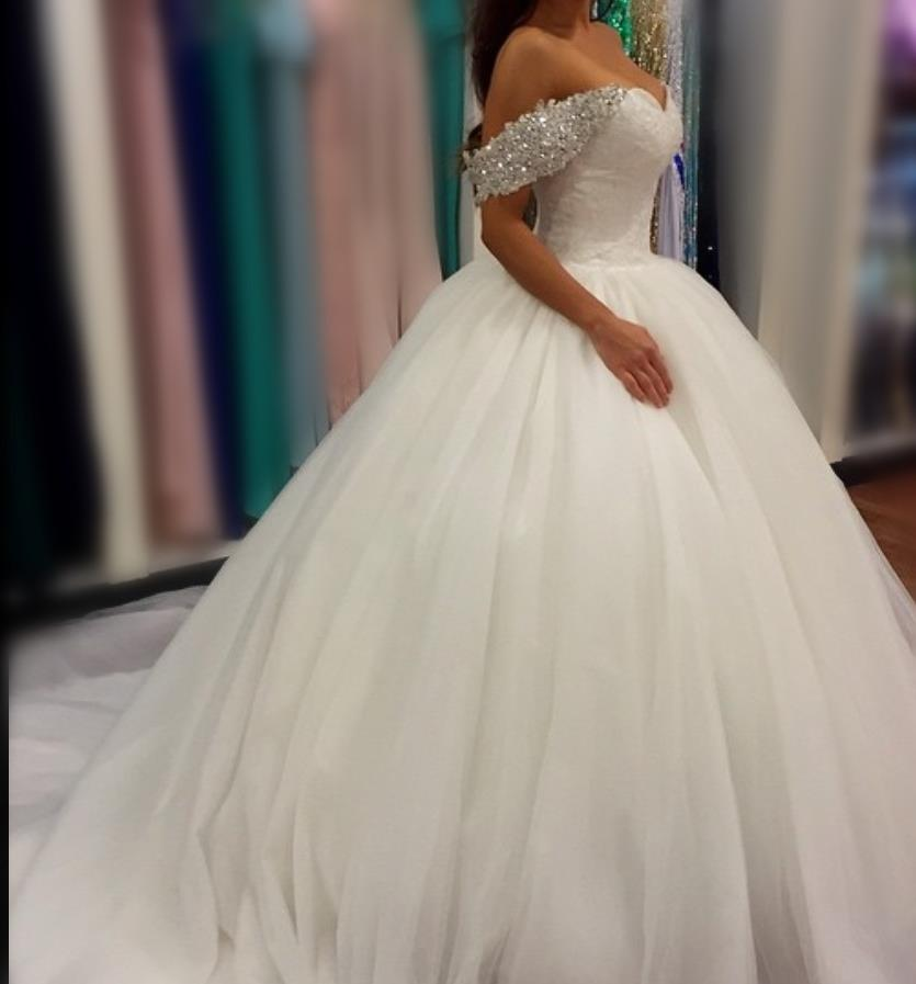 Luxury White / Ivory Ball Gown Wedding Dresses Off Shoulder Ruched Tulle Sequins Crystals Wedding Gowns Plus Size Bridal Dress Custom Made