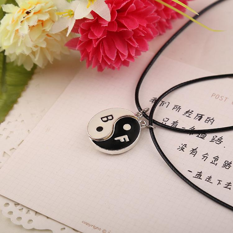 2016 Fashion Love Couple NecklaceUnique Gifts Vintage HandStamped Best Friends yin yang puzzle Leather chain Necklaces for friend ZJ-0903170
