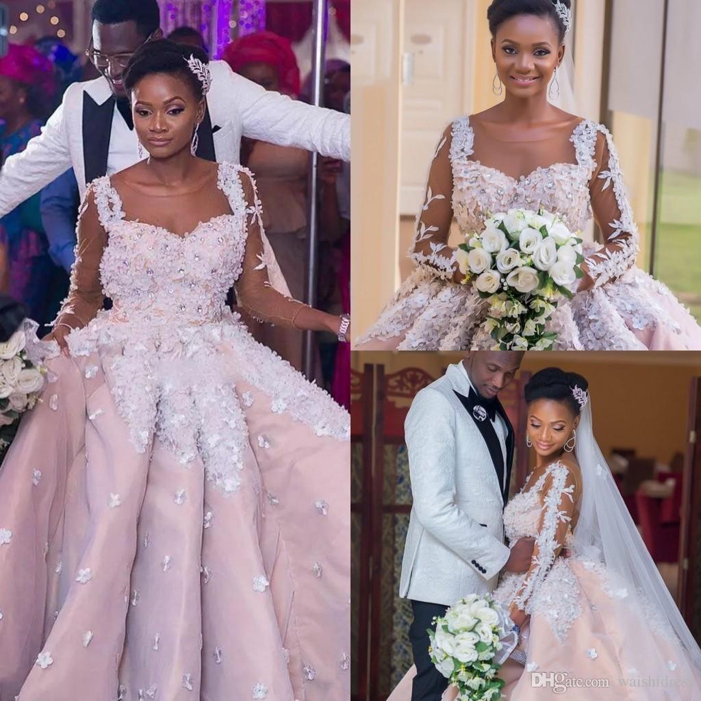 Robe de mariée Arabie Dubai Robe de mariée Sheer Jewel Dentelle 3D Applique Cristal Robe de mariée à manches longues Robes nuptiales sur mesure