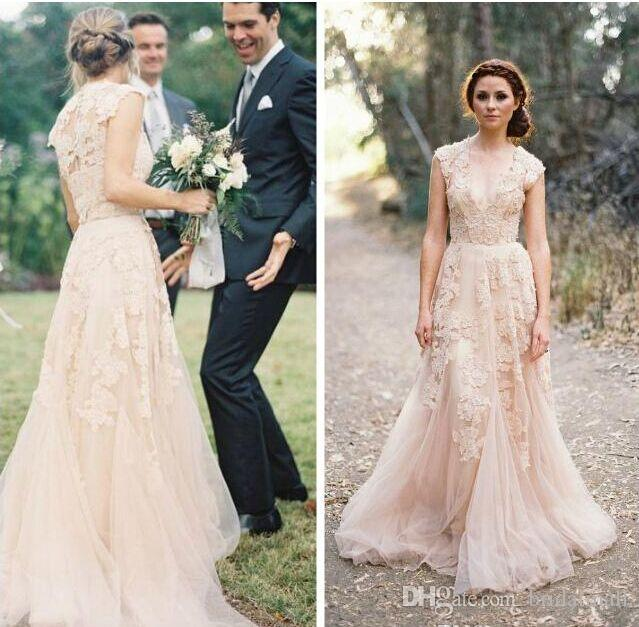 Bohemian Champagne Tulle Wedding Dresses Sexy V Neck Lace Appliqued A Line Country Garden Bridal Dresses Elegant Button Back Wedding Gowns