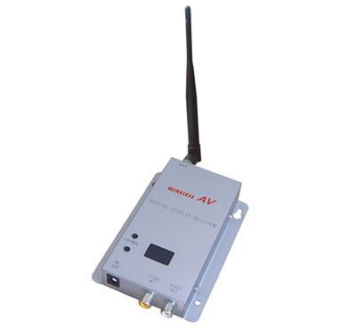 الارسال والاستقبال QLM-1215-300A 1.2 جيجا هرتز 300 ميجا واط 15 قنوات لاسلكية الميكروويف الفيديو vidicon انتاج الطاقة شحن مجاني