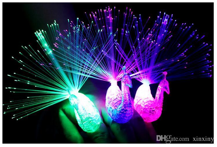 2017 새로운 스타일 3 col LED 깜박이 공작 광섬유 손가락 조명 반지 Raves 또는 파티 호의에 대 한