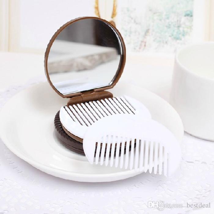 Brown-netter Schokoladen-Plätzchen-geformter Entwurfs-Make-up Cosmeti-Spiegel mit 1 Kamm-Dame Women Makeup Tool Pocket Mirror Innenministerium verwenden Geschenke