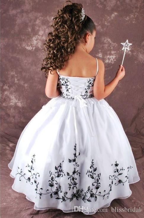 Satin weiß und schwarz Blume Mädchen Kleider Spaghetti-Trägern Ballkleid schnüren sich oben Stickerei Festzug Kleider Kinder nach Maß
