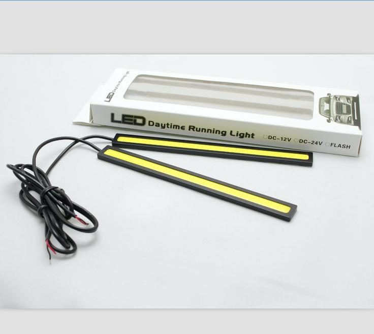 17 CM ÉPI LED Universal Ultra-mince Digid LED Bande De Voiture Lumière de Jour Courant DRL Avertissement Brouillard Lampe Décorative