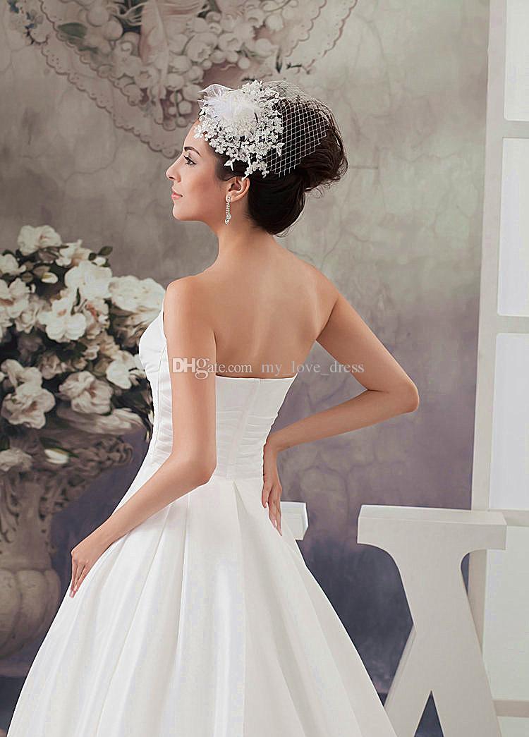 Beliebte Design Elegante Garten A-line Satin Brautkleid Liebsten Perlen Rüschen Brautkleid Reißverschluss Lange Zug
