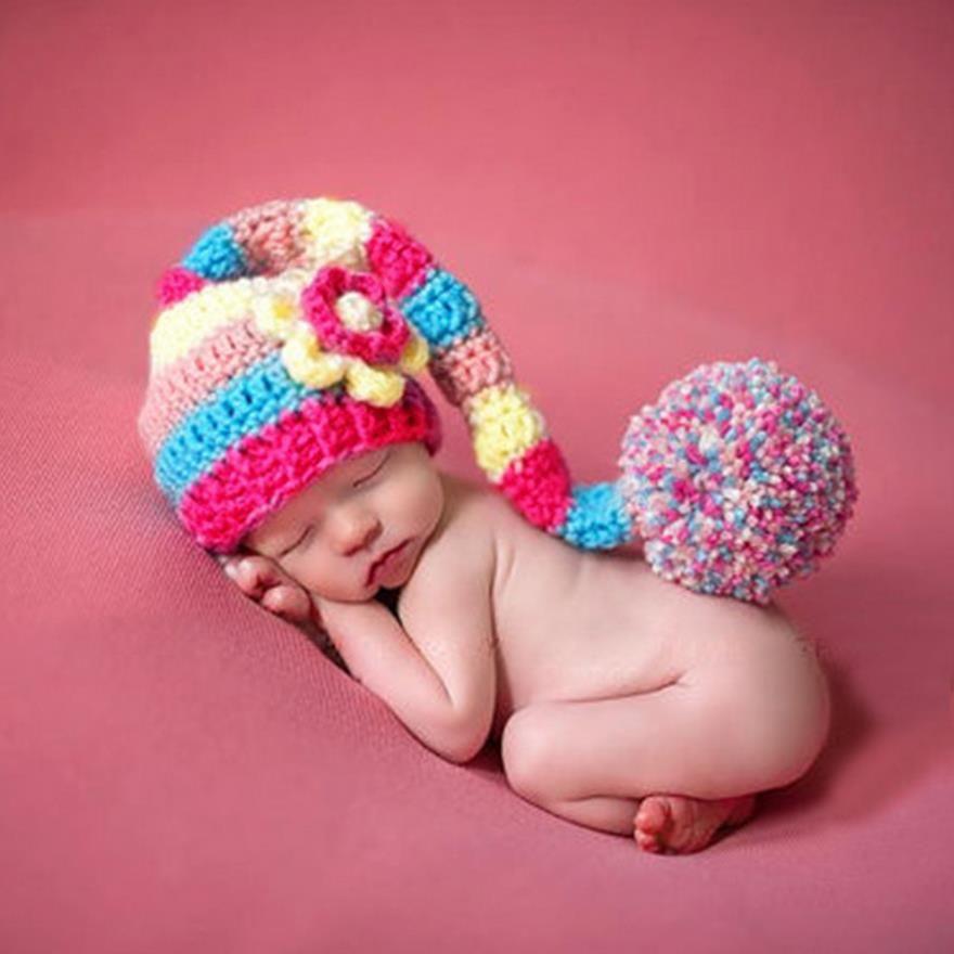 d090decb8f035 Compre Crochet Recém Nascido Chapéu Do Bebê Lã Crianças Mão Parágrafo Cap  Cauda Longa Bonés De Natal Ball Cap Fotografia Adereços Ba459 De Pineyin