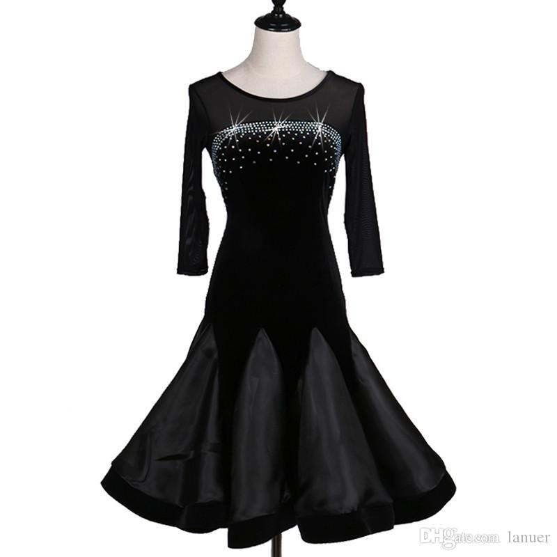 07bf224895 Compre Vestido De Baile Latino Para Adultos Salsa Tango Salón De Baile  Chacha Competencia Vestido De Baile Cuello Redondo Negro 1 2 Manga  Rhinestone Vestido ...
