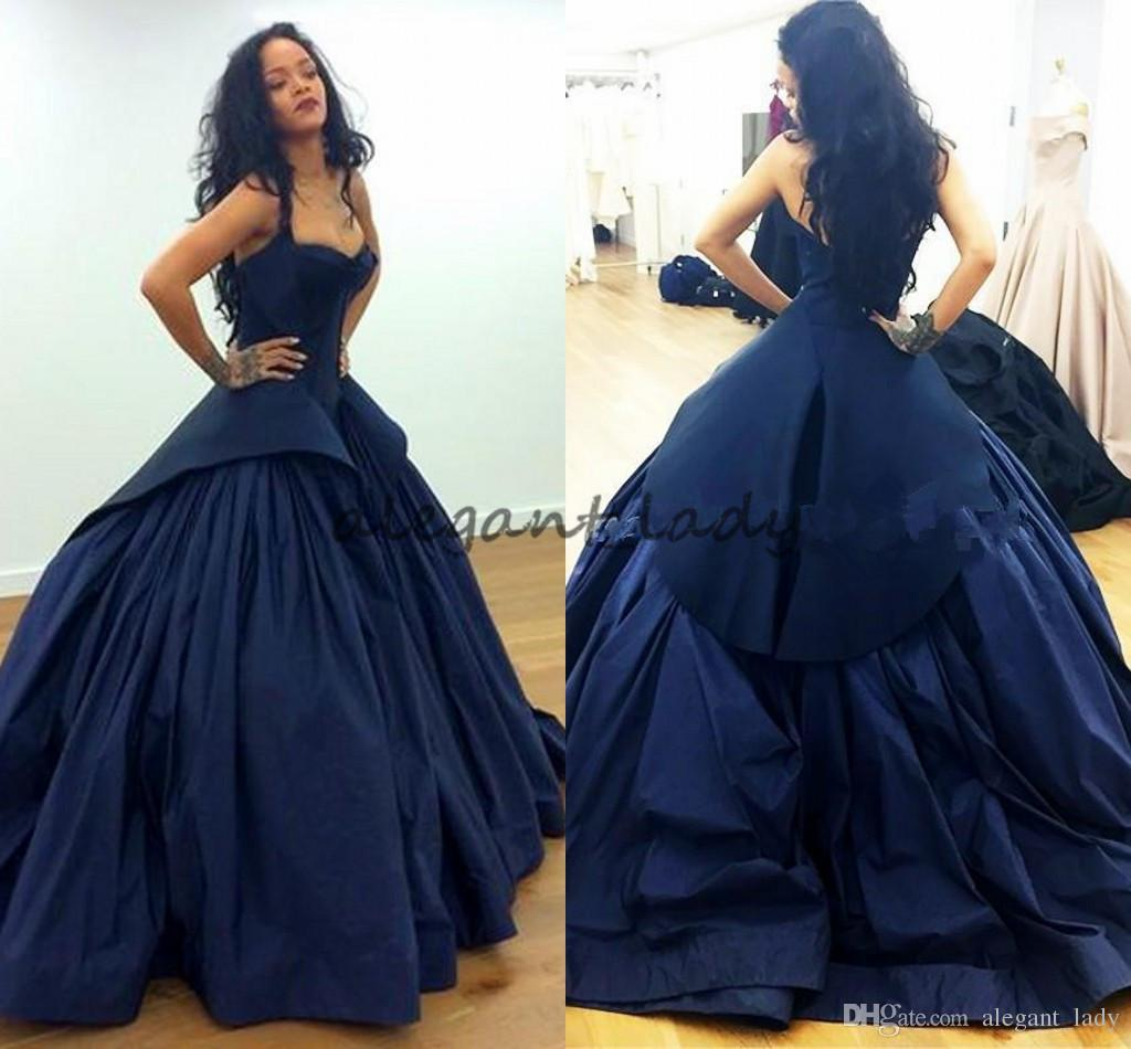 Rihanna in Zac Posen Celebrity Red Carpet Evening Dresses 2018 Peplum Dark Navy Gothic Taffeta Plus Size Arabic Formal Prom Occasion Gowns