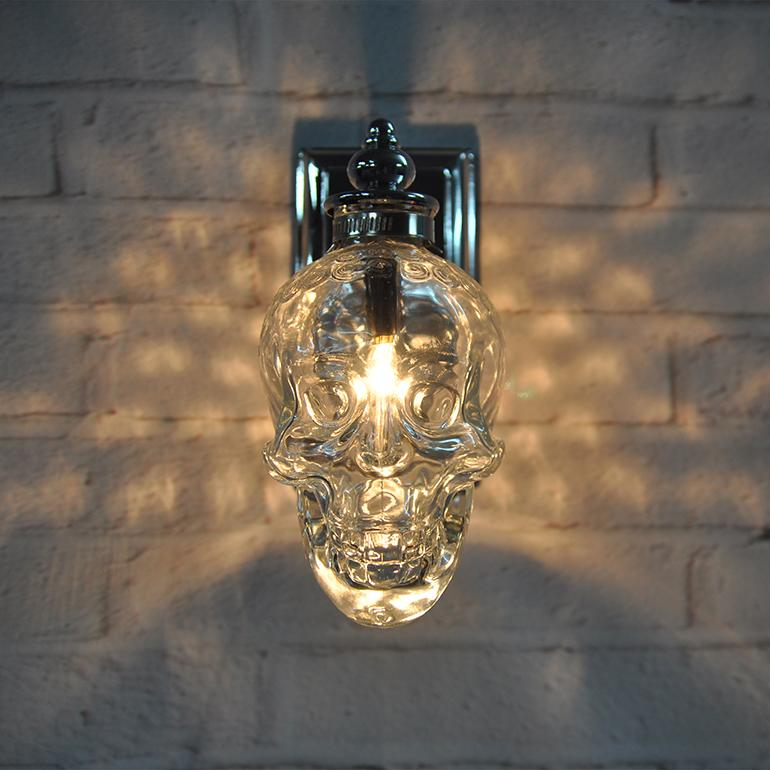 2018 Creative Skull Heads Wall Lamp Individuality Iron Art Wall ...