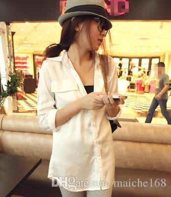 Сексуальная женщина в белой рубашке и длинные секции свободные с длинными рукавами шифон рубашка двойной карман
