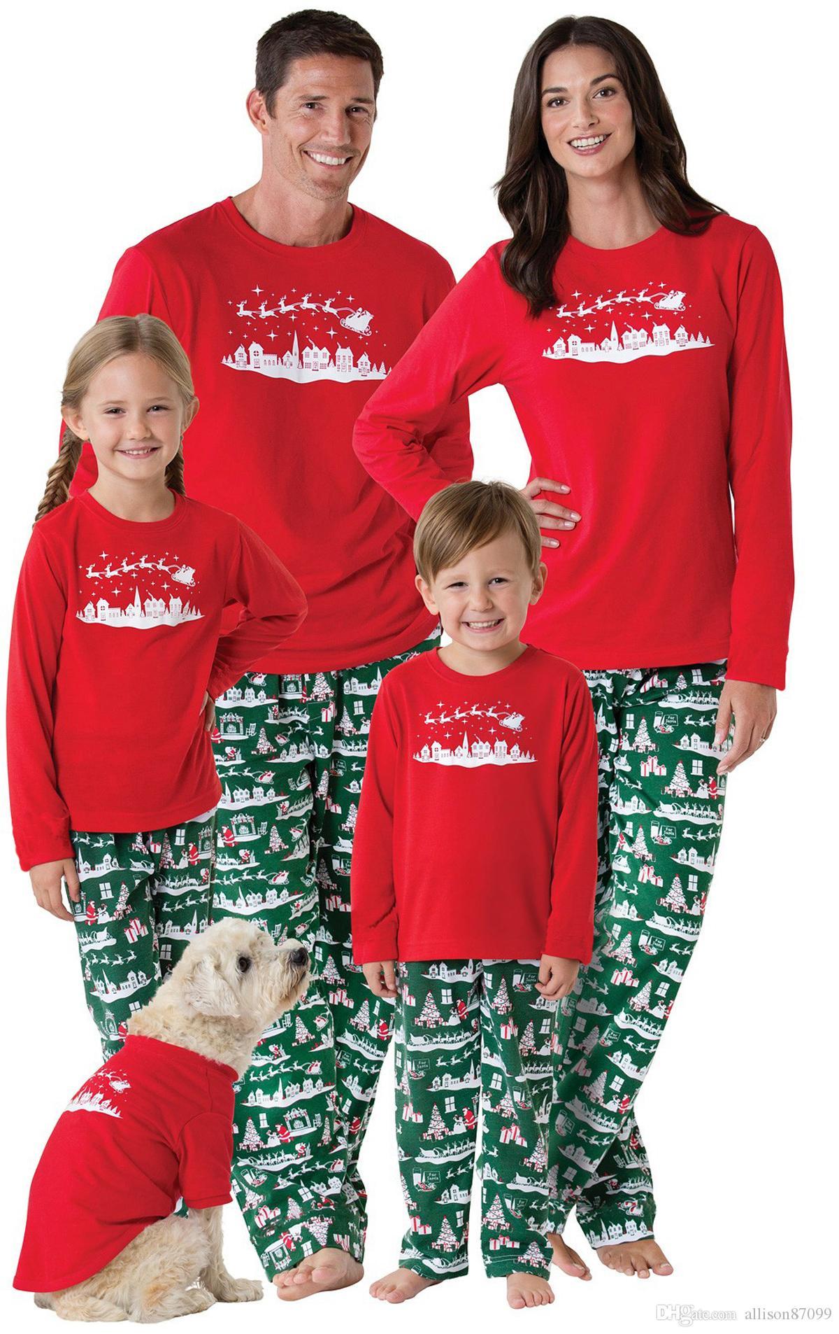 7952de98d6f7db Roupas de Natal Hotsale Família Pijama set Pijamas de Rena Pijamas Outfits  Mãe Crianças Daddy Son Homewear Europa América 2018