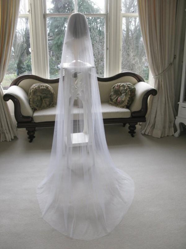 Semplice Design Velo bianco Veli da sposa Lunghezza cappella Accessori capelli da sposa Custom Made One Layer Soft Tulle for Brides