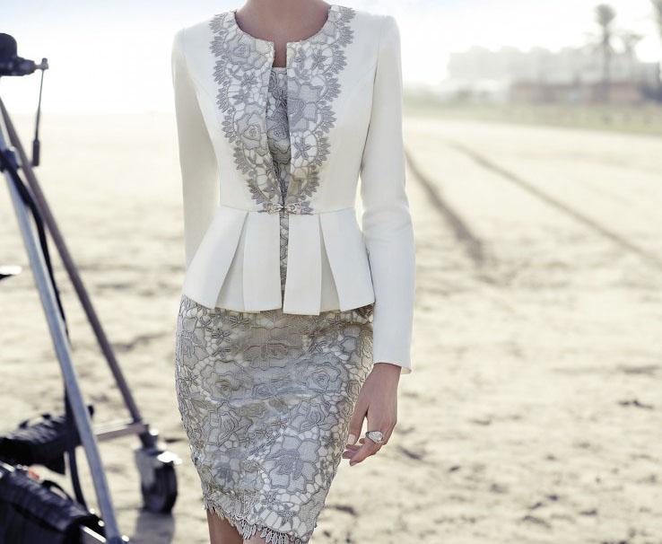 Abiti da sposa del vestito del progettista bianco madre con il rivestimento in pizzo grigio sera convenzionale abiti da festa Outfits Madre del vestito vestito da sposa