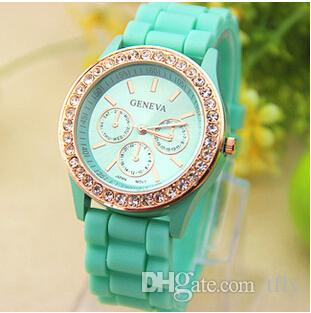 New Colorful Fashion Shadow Geneva Crystal Diamond Jelly Rubber Silicone Watch Unisex Men's Women's Quartz Candy Watches Gold wristwatch