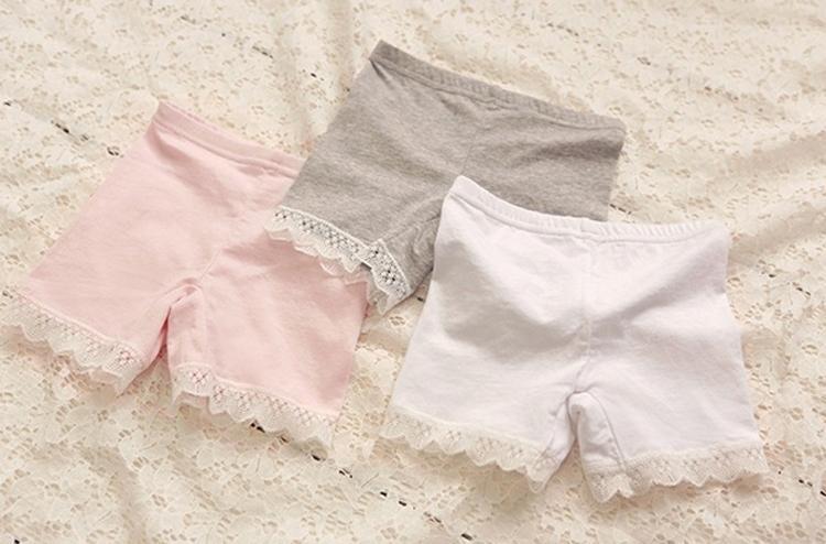 Yaz moda kızlar için pamuk kısa tozluk dantel kısa tozluk kızlar dantel güvenlik pantolon şort bebek kız pamuk kısa legging stokta