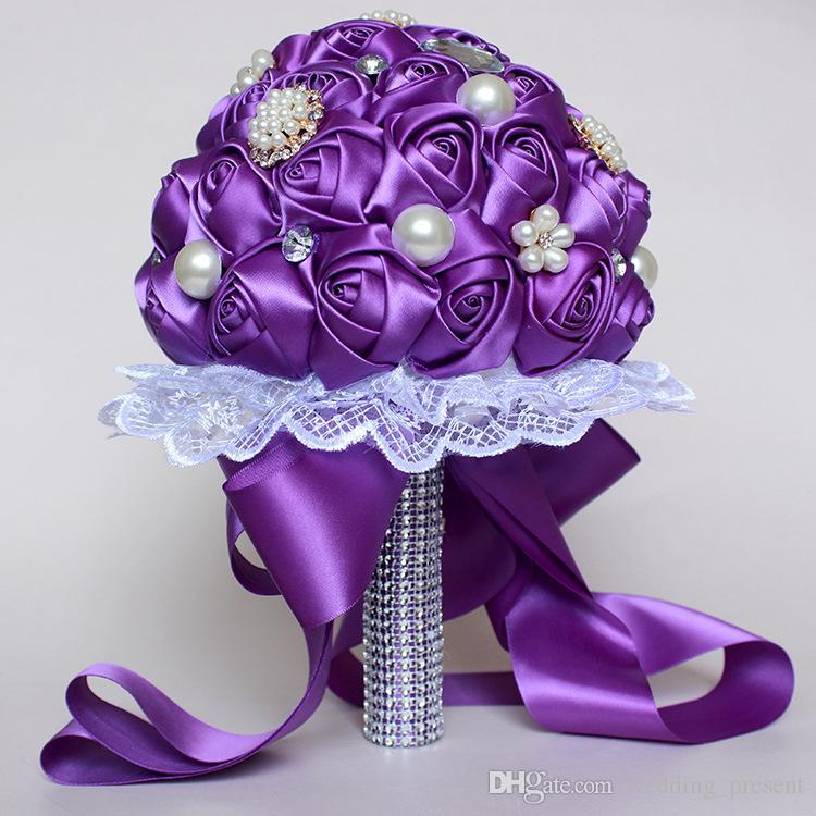 2017 rendas strass casamento buquê de noiva de cristal pérola de cetim subiu flores buquês de dama de honra 5 cores noiva segurando broche